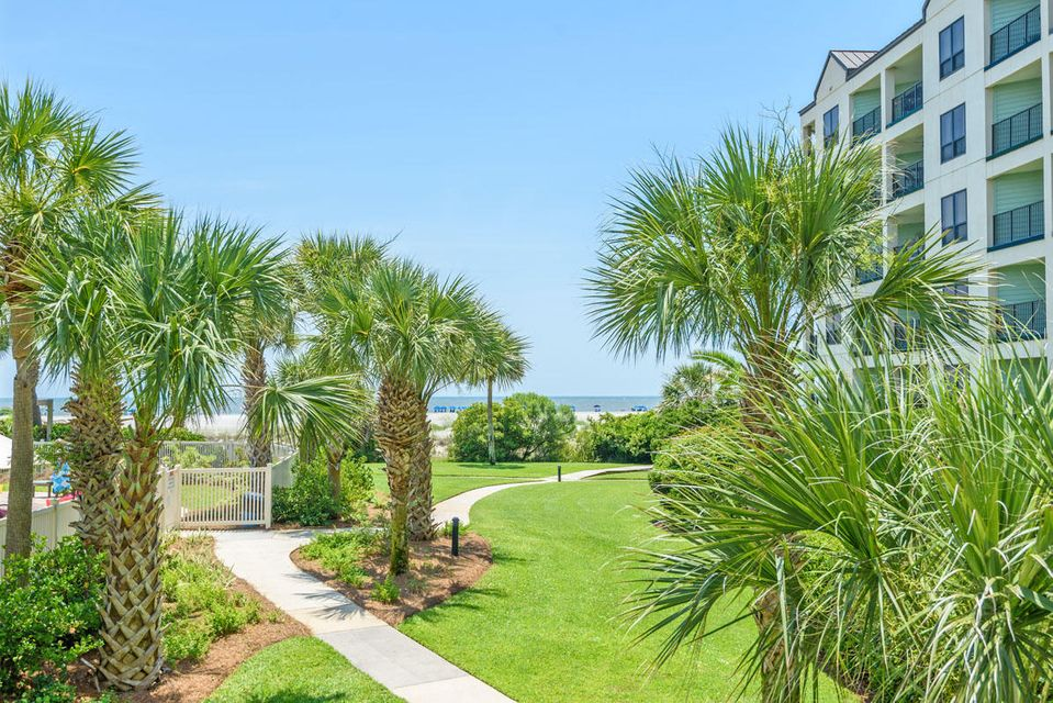 8000 Palmetto Drive Isle Of Palms, SC 29451