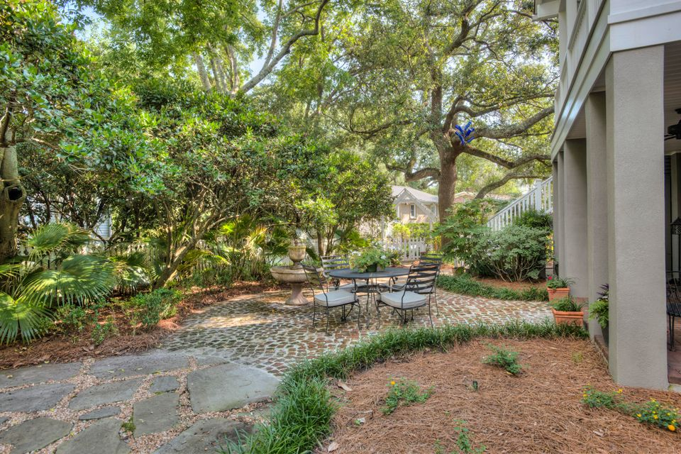 Old Village Homes For Sale - 227 Haddrell, Mount Pleasant, SC - 31