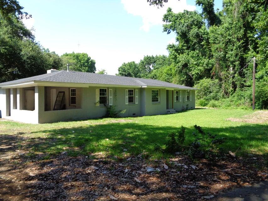 1174 Fort Johnson Road Charleston, SC 29412