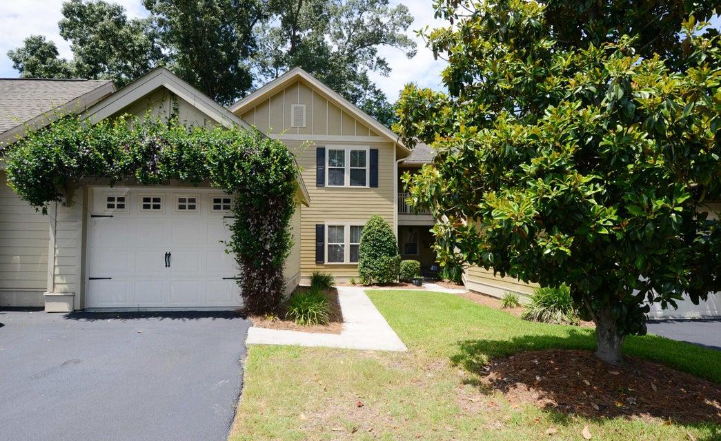 5521 Colonial Chatsworth Circle North Charleston, SC 29418