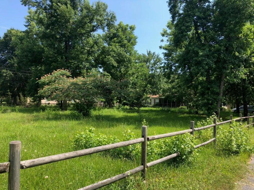 1197 Porchers Bluff Road Mount Pleasant, SC 29466