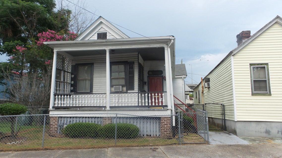22 H Street Charleston, SC 29403
