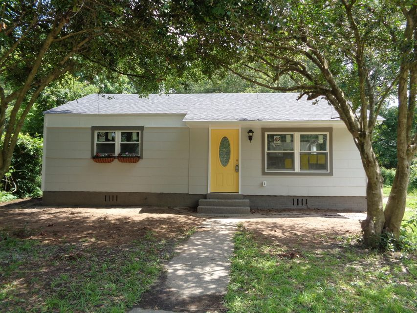4607 W Ada Avenue North Charleston, SC 29405