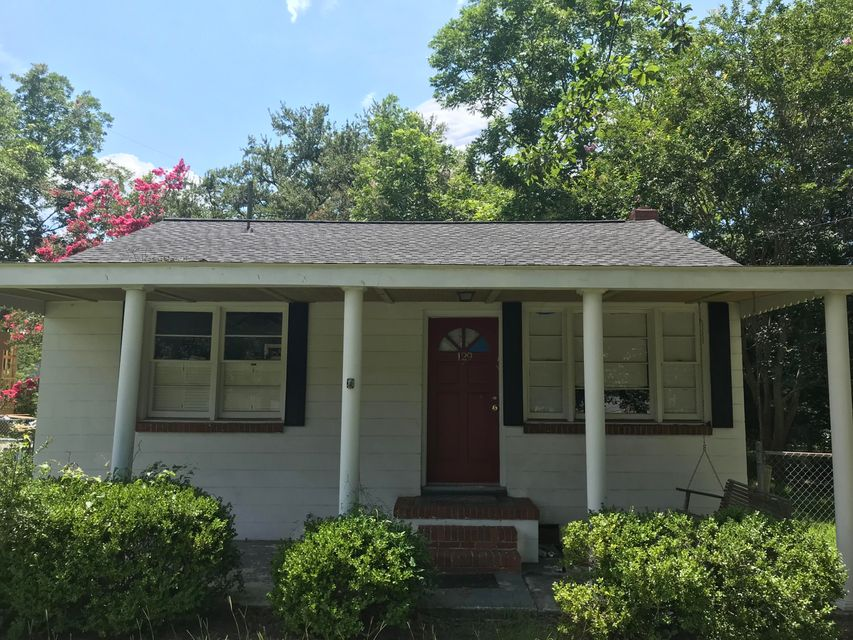 125 Plymouth Avenue Charleston, SC 29412