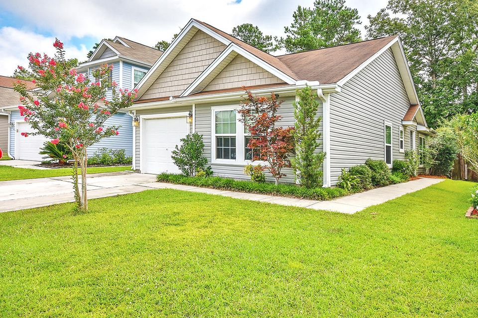 8808 Shadowglen Drive North Charleston, SC 29420