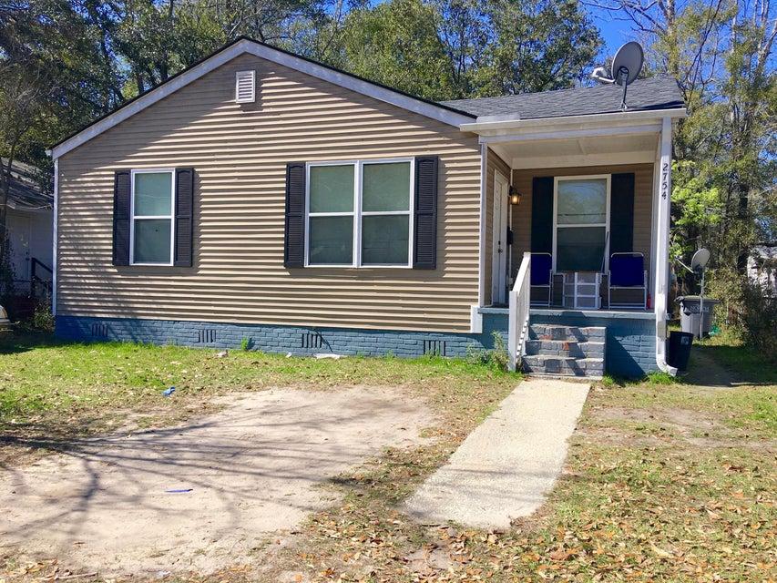 2754 E Surrey Drive North Charleston, SC 29405