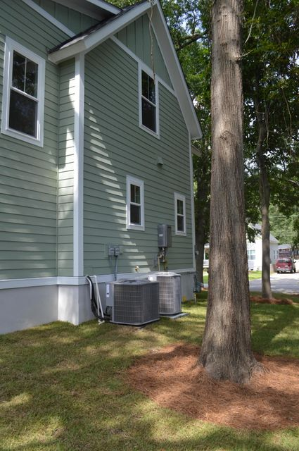 1205 Marigold Street North Charleston, SC 29405