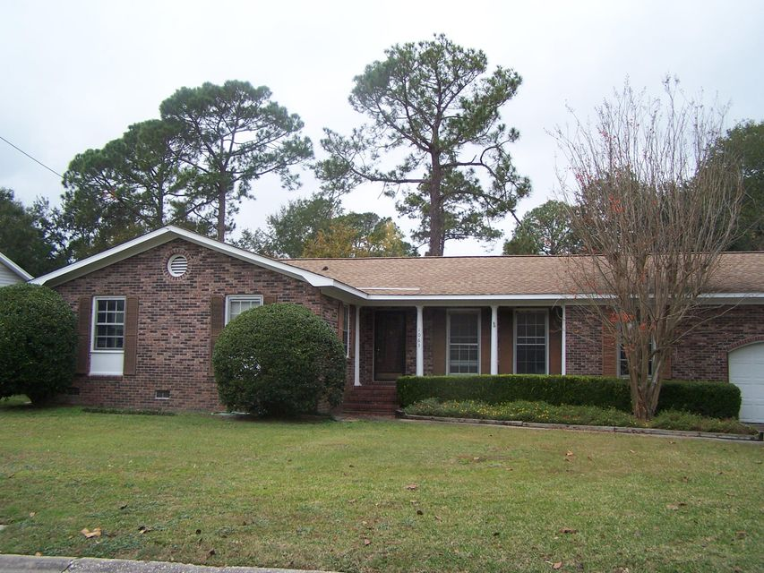 1063 Meader Lane Mount Pleasant, SC 29464