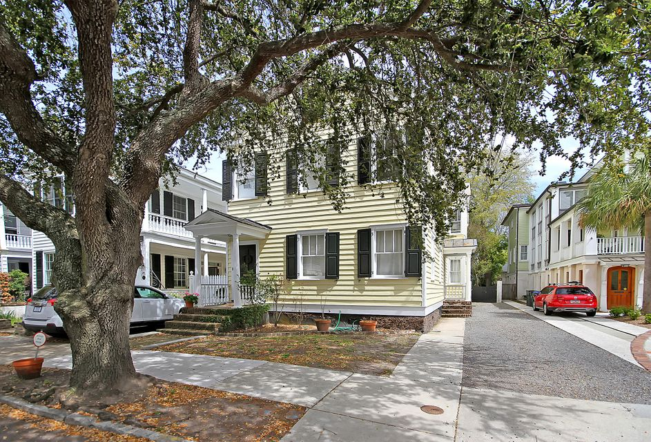 22 Council Street Charleston, SC 29401