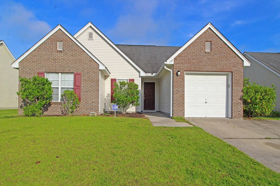 104 Old Tree Road Goose Creek, SC 29445