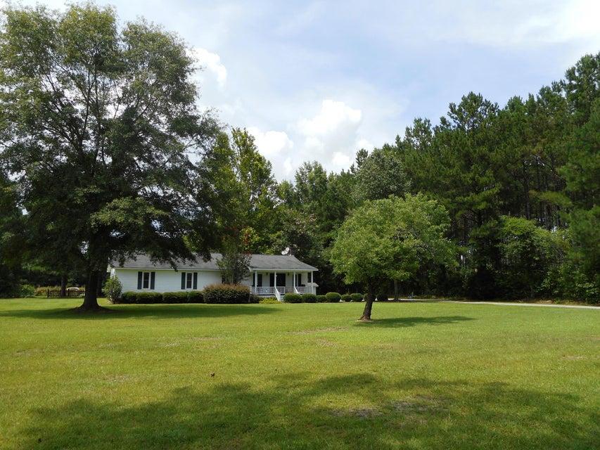 4157 Cottageville Highway Round O, SC 29474