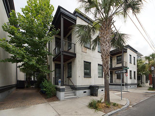 26 Cannon Street Charleston, SC 29403