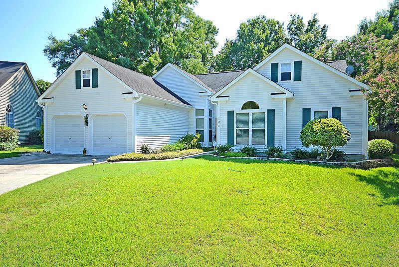 104 Queen Anne Court Goose Creek, SC 29445