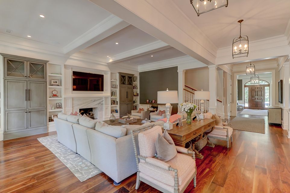 683 Olde Salt Run Mount Pleasant, SC 29464
