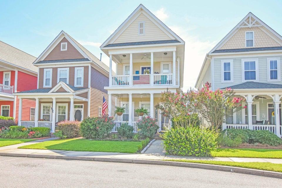 129 Hyacinth Street Summerville, SC 29483