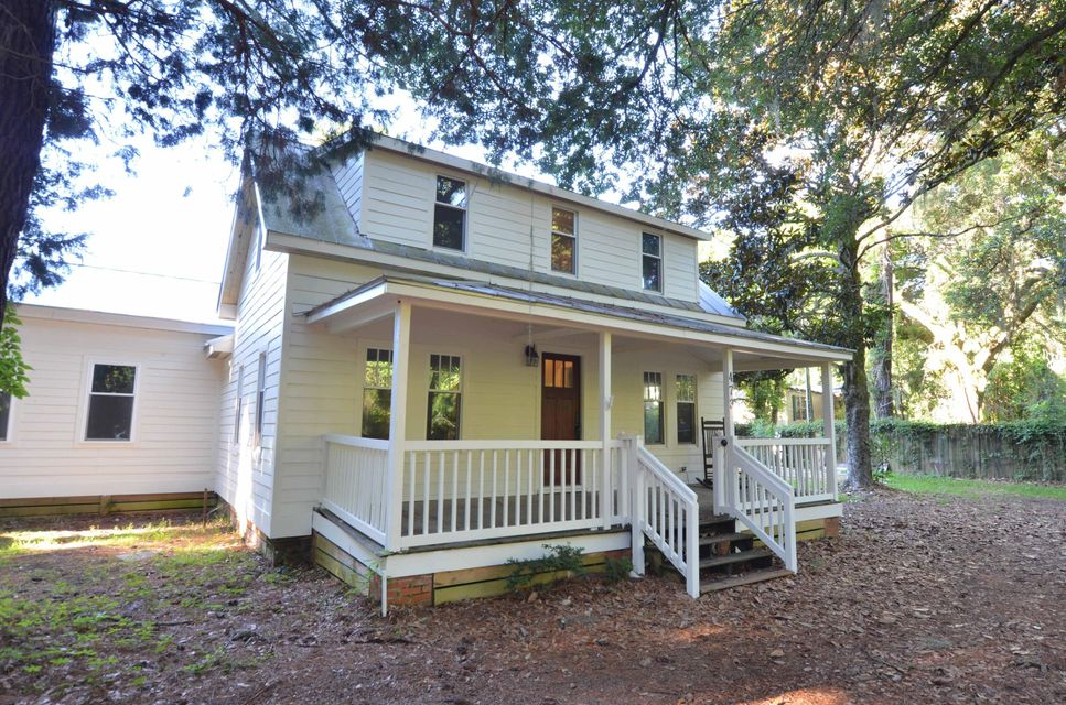 473 Mercantile Road Mcclellanville, SC 29458