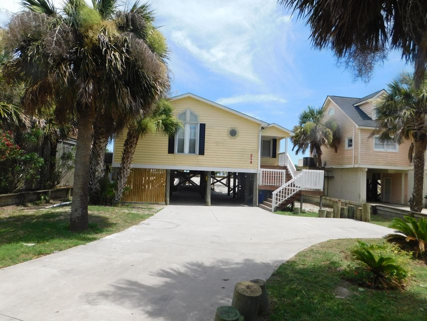 1665 E Ashley Folly Beach, SC 29439