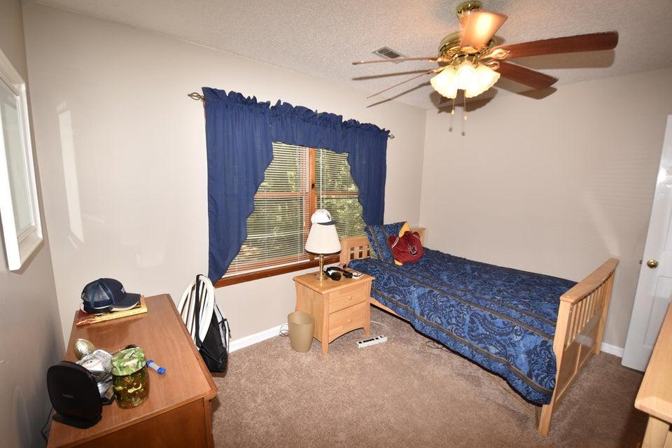 200 Glen Forest Court Summerville, SC 29485