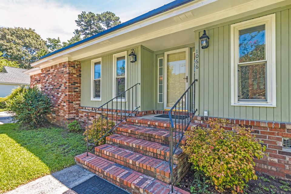 1066 Renwood Drive Charleston, SC 29412