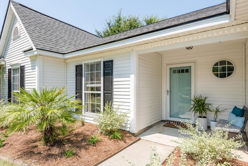 484 Cane Court Mount Pleasant, SC 29464