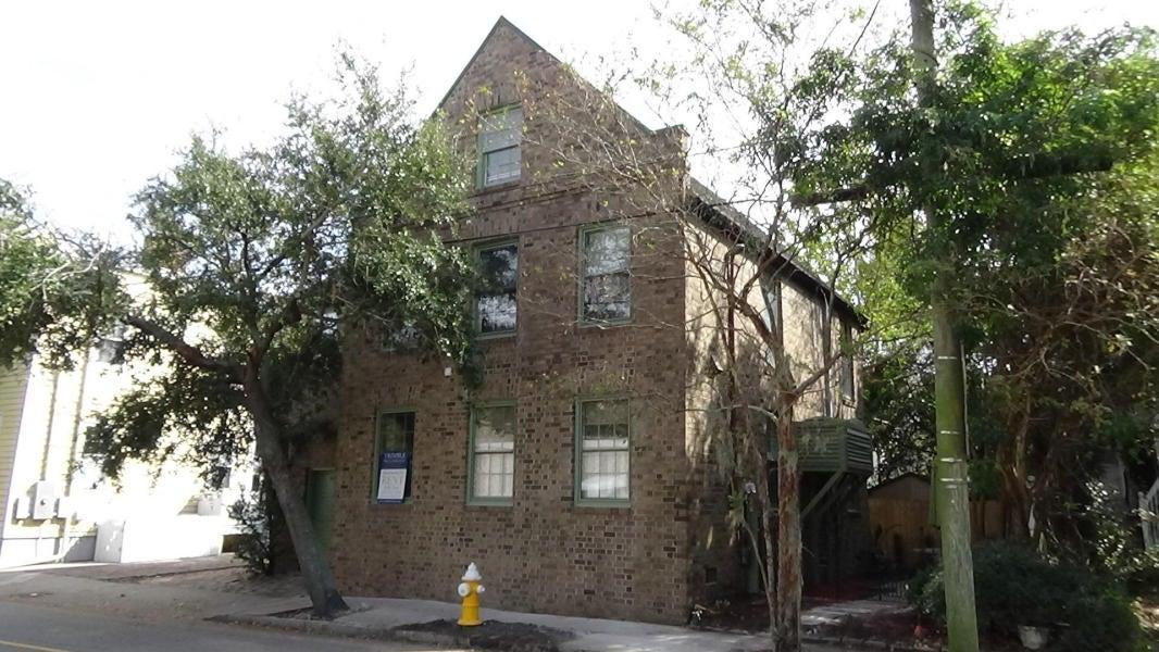 95 Beaufain Street Charleston, SC 29401