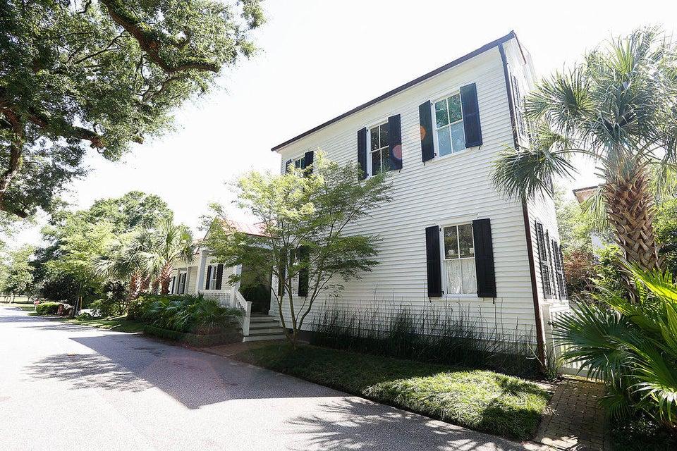 Old Village Homes For Sale - 103 Carr, Mount Pleasant, SC - 34