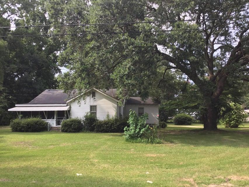 209 Hayden Street Walterboro, SC 29488