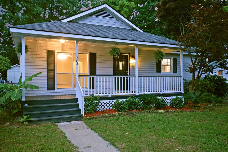 1183 Sherwood Street North Charleston, SC 29405