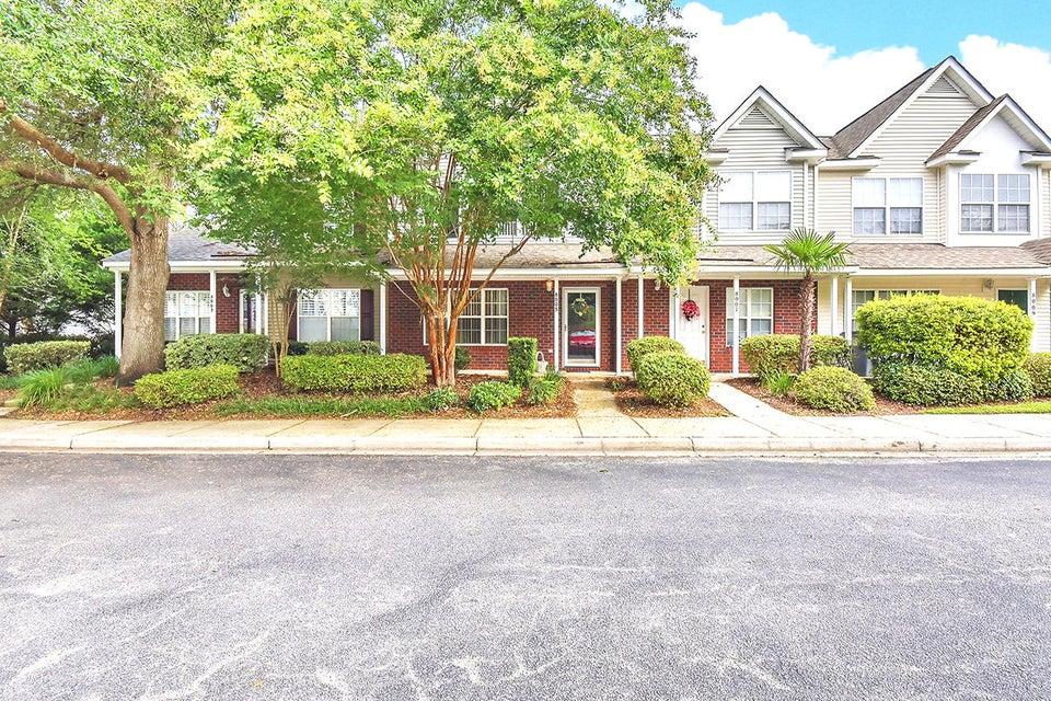 8005 Shadow Oak Drive North Charleston, SC 29406
