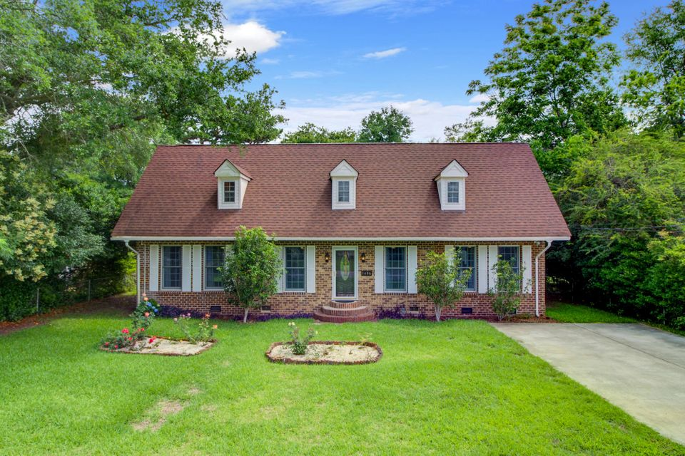 1496 Goblet Avenue Mount Pleasant, SC 29464