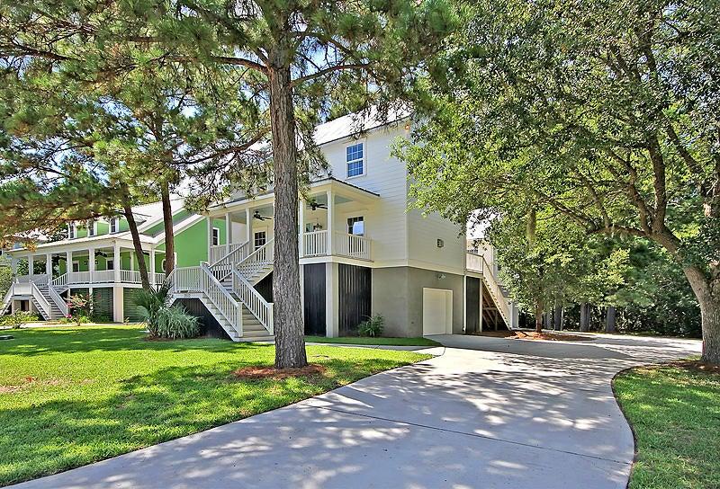 2512 Charter Oaks Drive Mount Pleasant, SC 29466