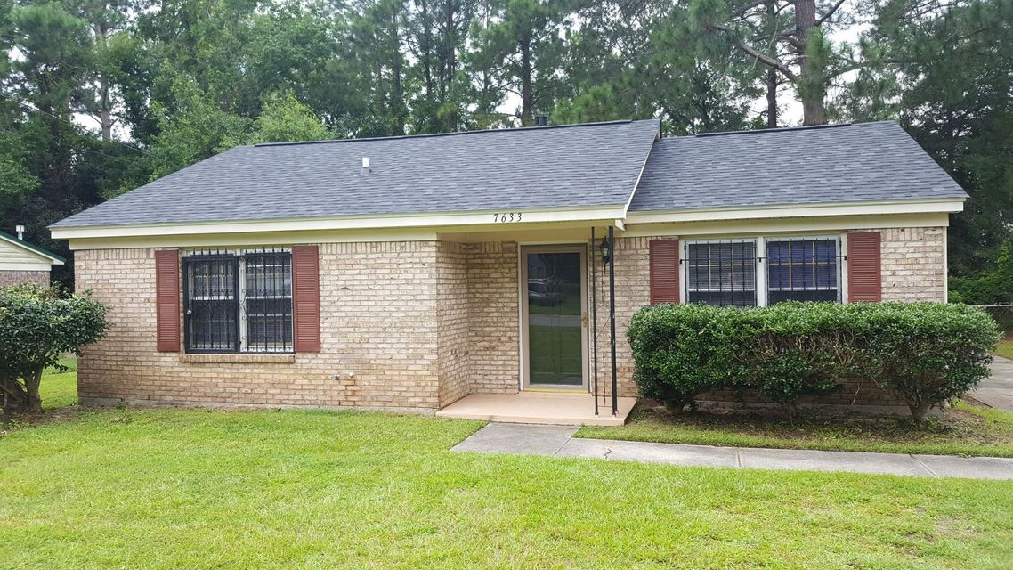 7633 Stonehaven Drive North Charleston, SC 29420