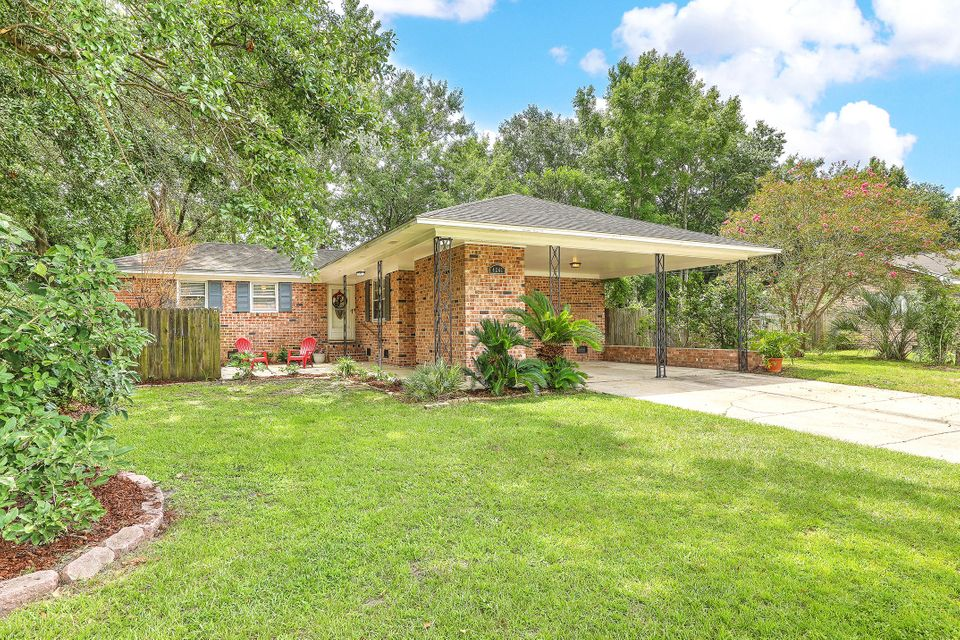 4241 Karen Drive North Charleston, SC 29405