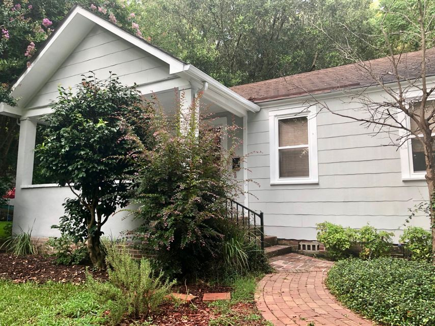 205 Tall Oak Avenue Charleston, SC 29407