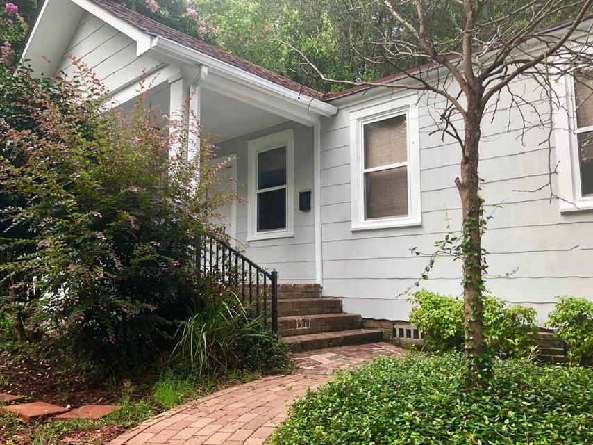 205 Tall Oak Avenue Charleston, SC 29407