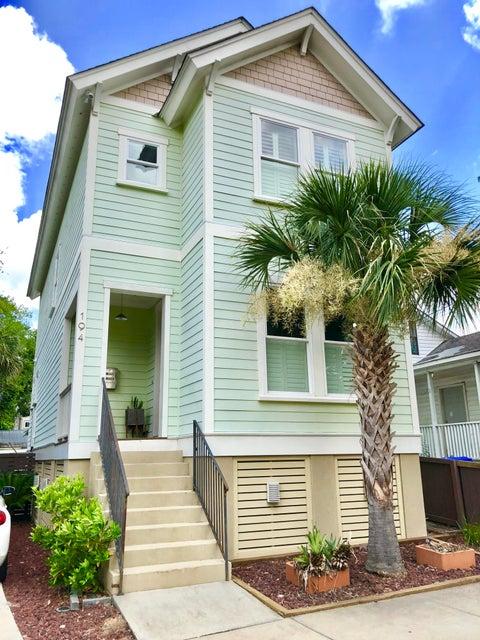 194 Fishburne Street Charleston, SC 29401