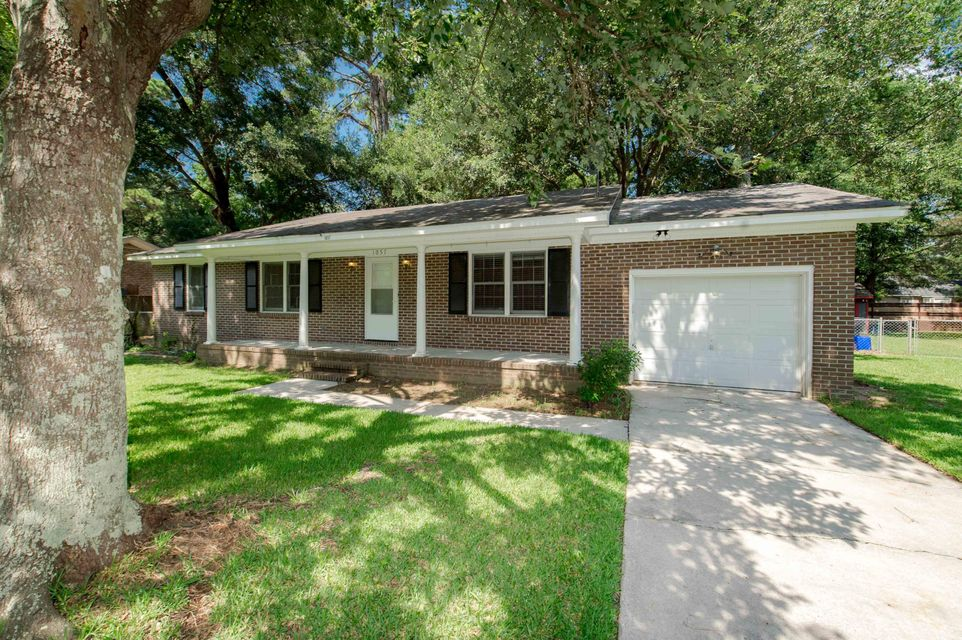 1057 Woodside Drive Charleston, SC 29412