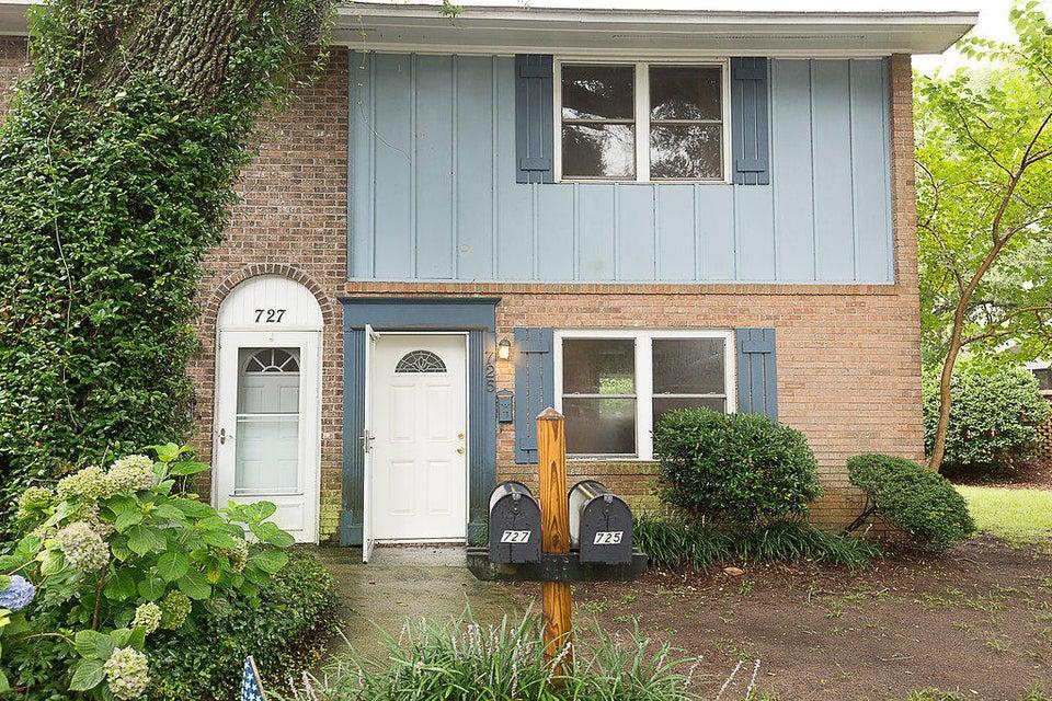 725 Center Street Mount Pleasant, SC 29464