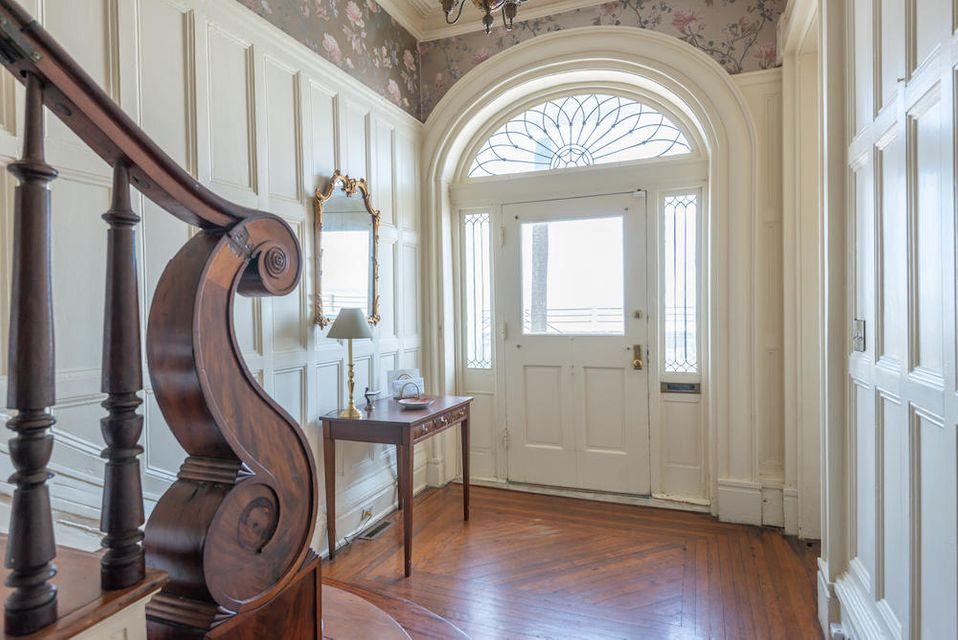 South of Broad Homes For Sale - 31 Battery, Charleston, SC - 8
