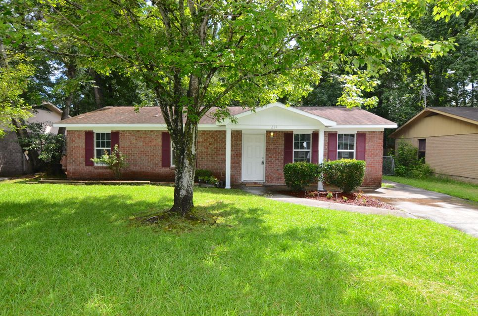 291 Dorchester Manor Boulevard North Charleston, SC 29420