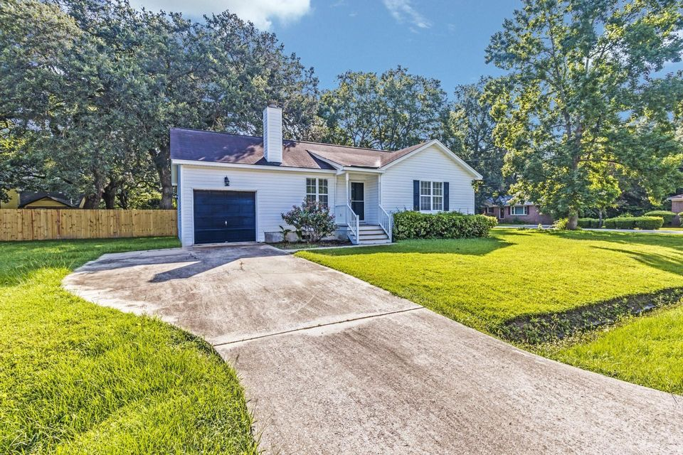 2402 Double Oak Drive Charleston, SC 29414