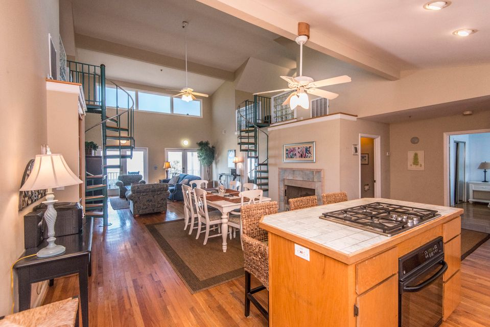 122 E Arctic Avenue Folly Beach, SC 29439