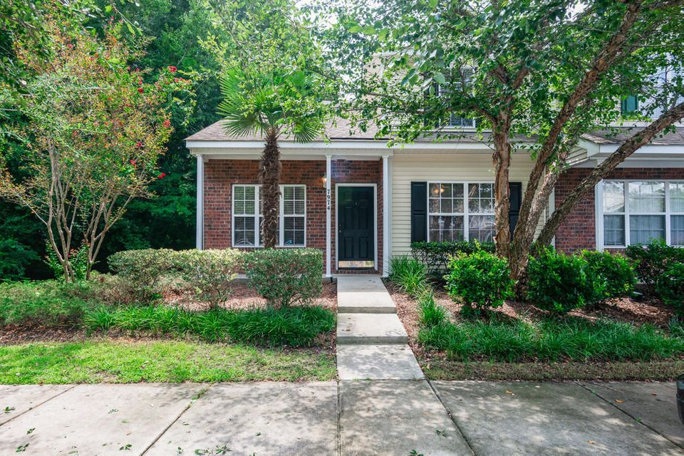 7974 Shadow Oak Drive North Charleston, SC 29406