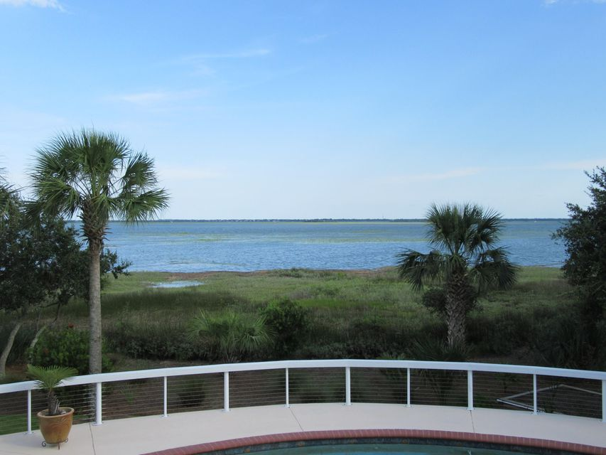 3060 Intracoastal View Drive Mount Pleasant, SC 29466