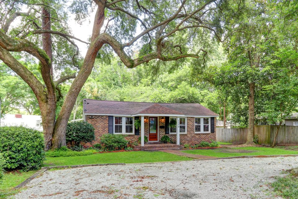 1138 Leesville Street North Charleston, SC 29405