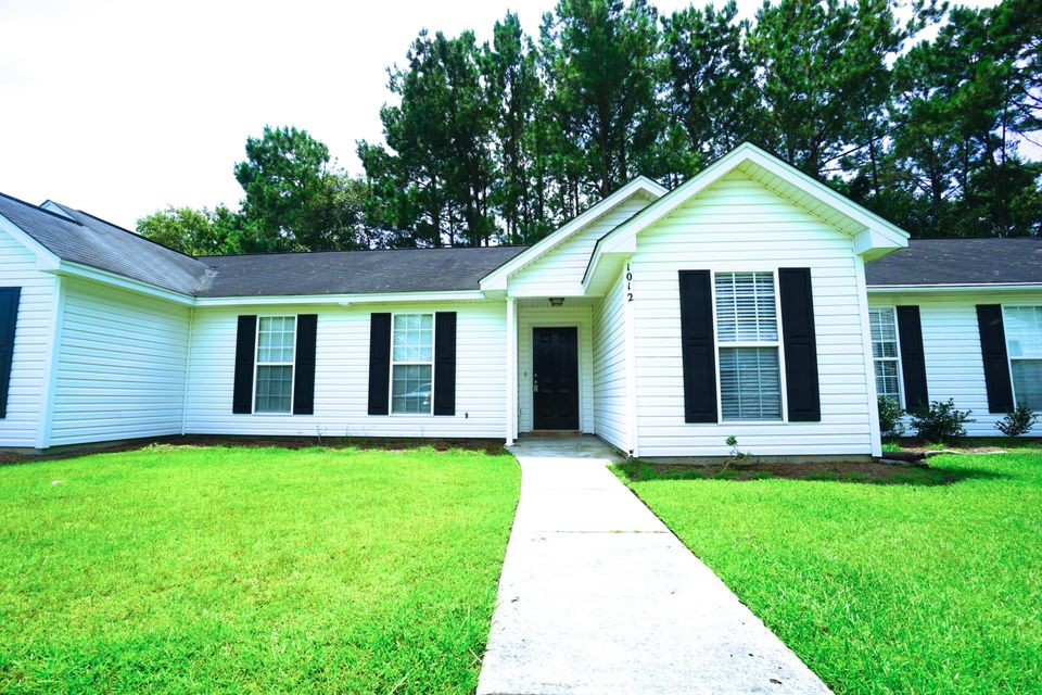 1012 Long View Drive Goose Creek, SC 29445