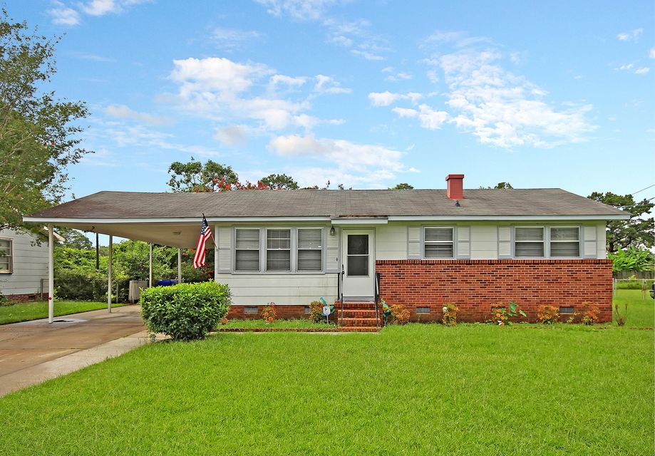 2691 Orchid Avenue North Charleston, SC 29405