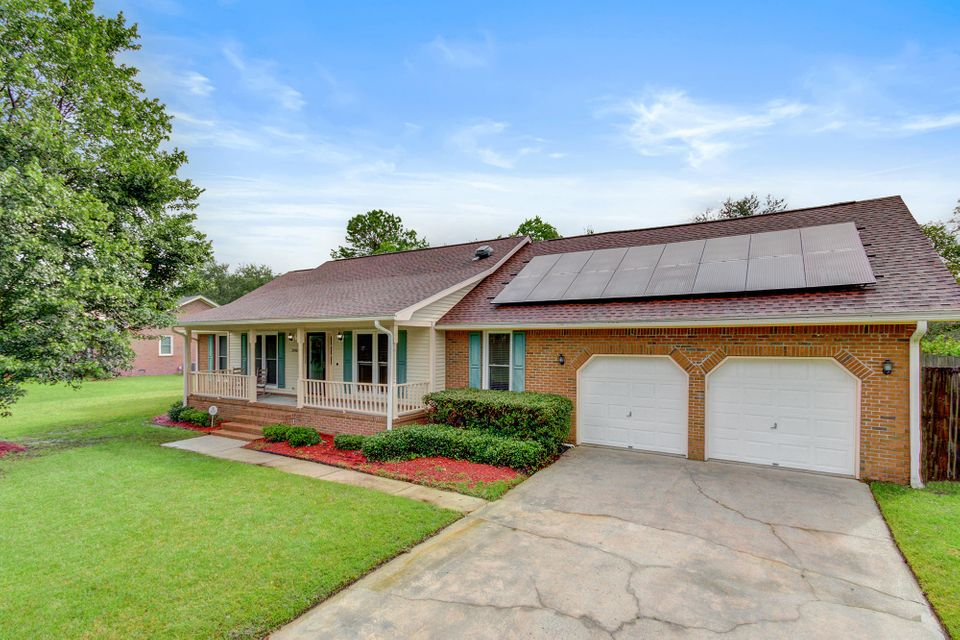 2916 Doncaster Drive Charleston, SC 29414