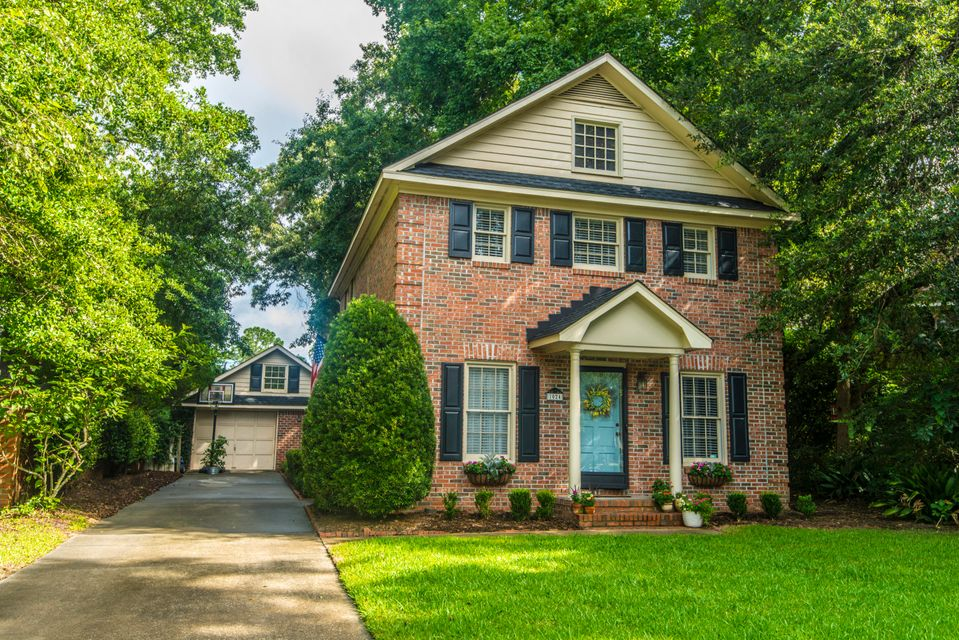 1024 Plantation Court Mount Pleasant, SC 29464
