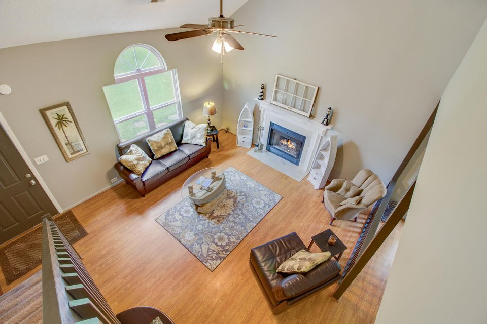 8222 Quail Hollow Court North Charleston, SC 29420